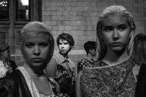 Pokaz Katedry Mody na Placu Defilad